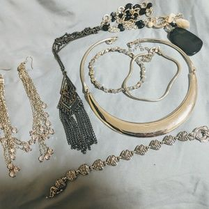 Stunning Silver Toned Jewelry Lot 7